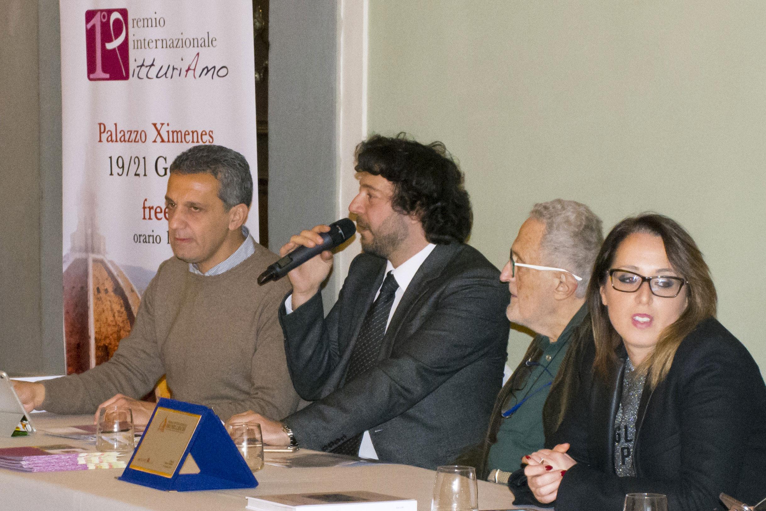 Nino Argentati (PitturiAmo), Sandro Serradifalco (Effetto Arte), Paolo Levi e Serena Carlino al Primo Premio Internazionale PitturiAmo (Firenze)
