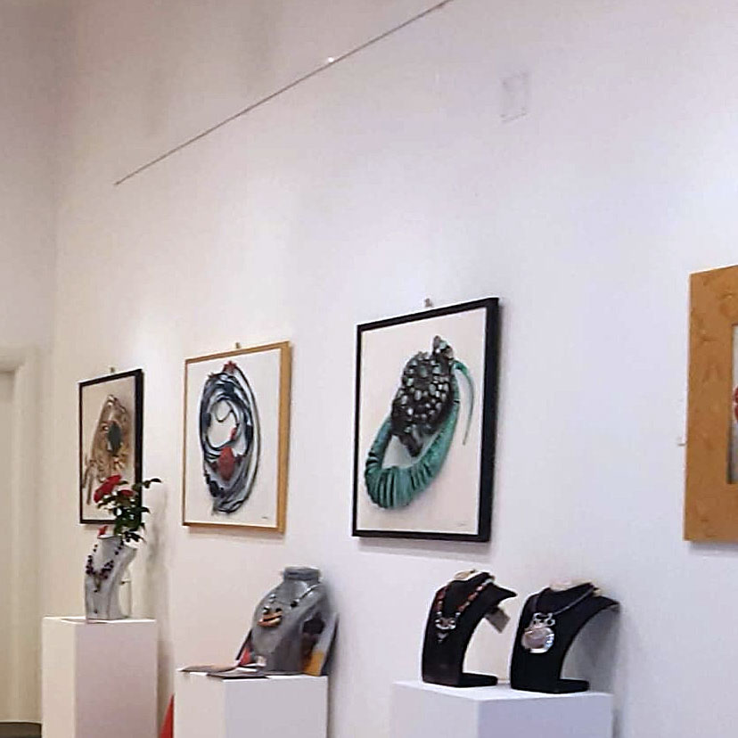 Particolare interno della Galleria Il Rivellino di Ferrara