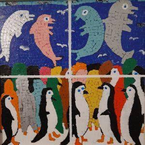 Pinguini al concerto dei Delfini - Acrilico collage su legno - 34x34cm