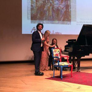 Esibizione di pianoforte al Premio Arte Milano al Teatro Dal Verme
