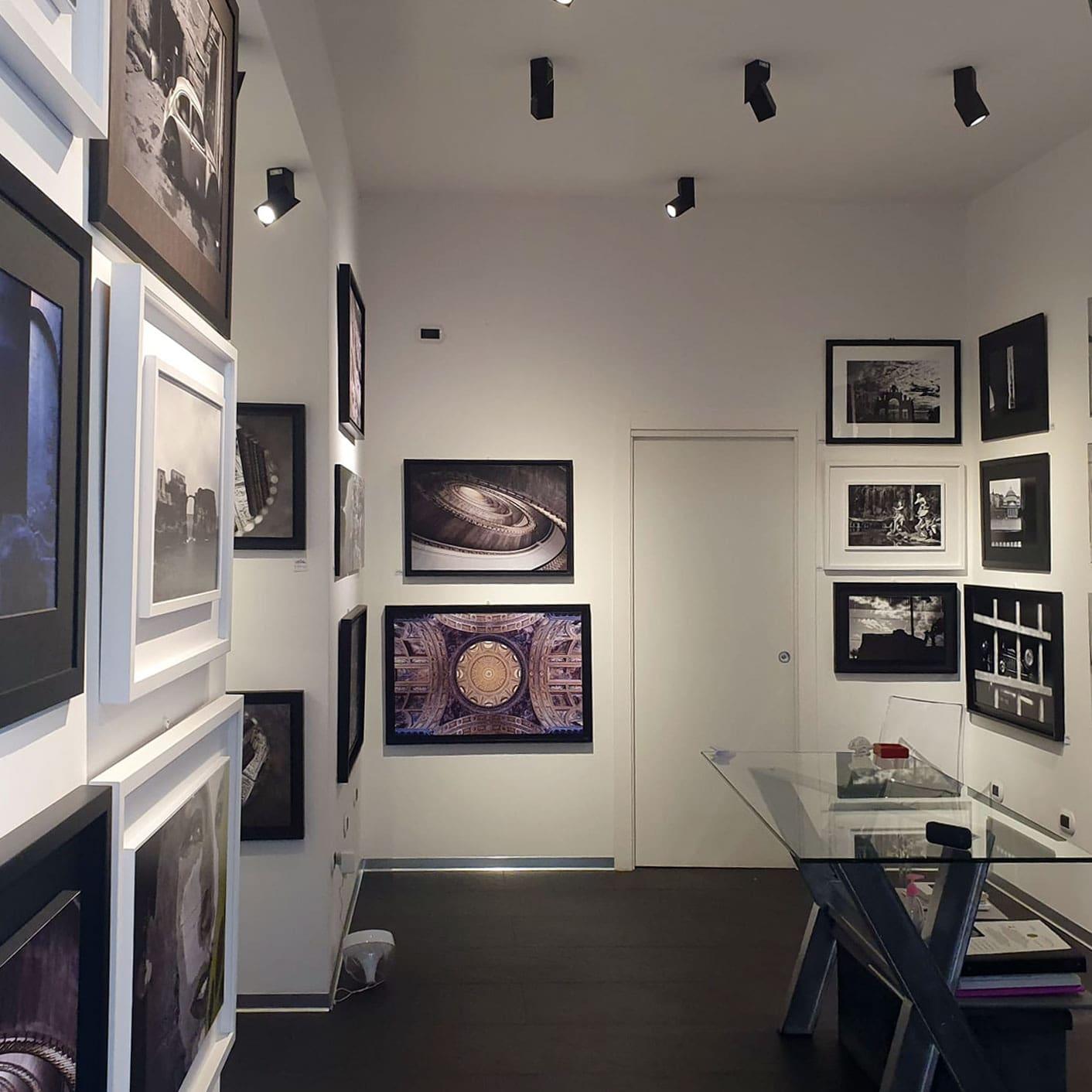 mCd Gallery